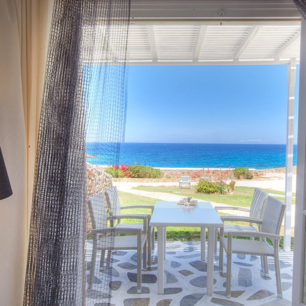 Paros Luxury Suites with Seaview